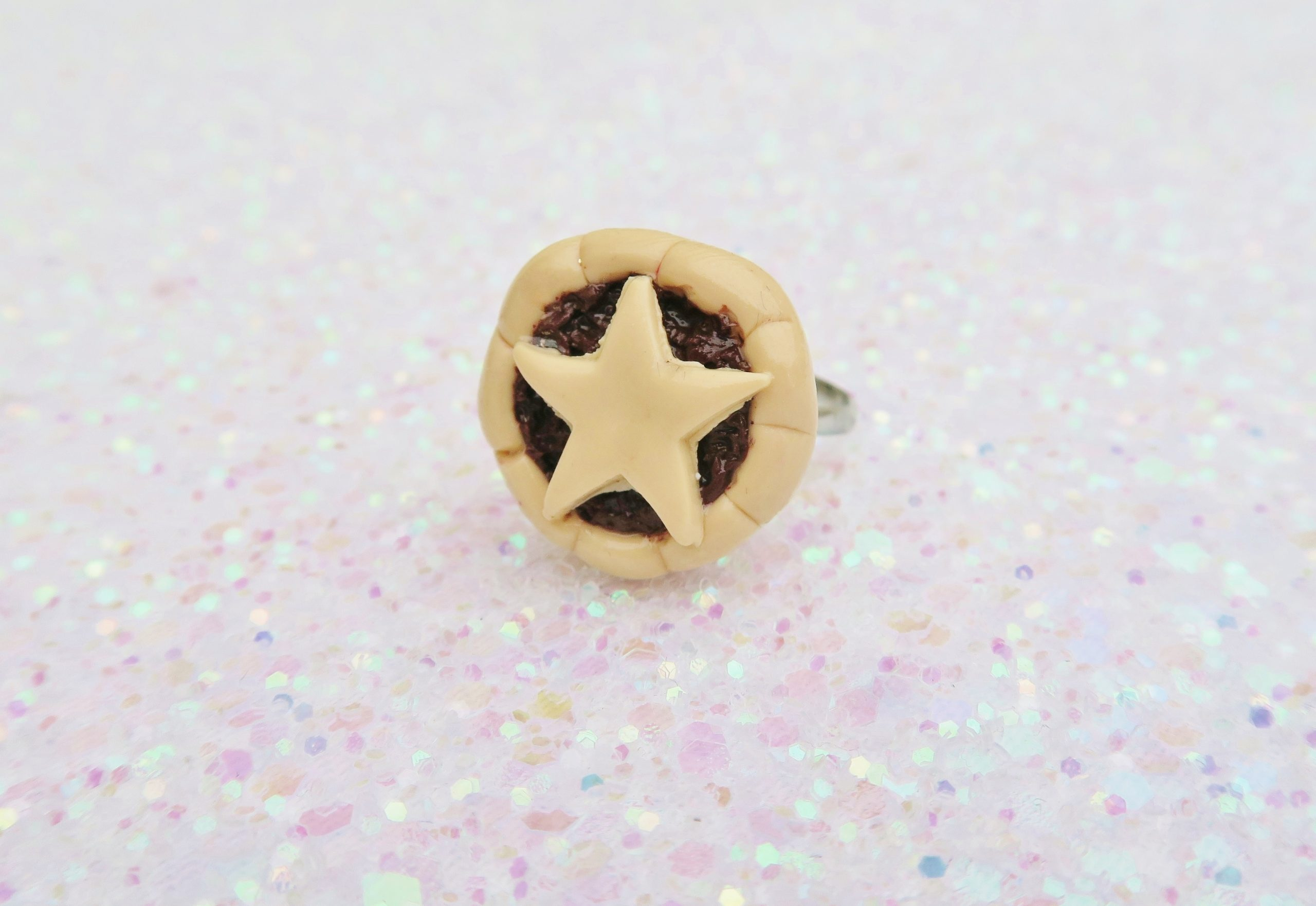 Handmade, Fimo, clay, polymerclay, jewellery, jewelry, novelty, Christmas, festive, cute, craft, gift, present, for her, mince pie, pudding, statement, ring,