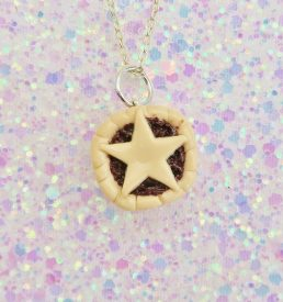Handmade, Fimo, clay, polymerclay, jewellery, jewelry, novelty, Christmas, festive, cute, craft, gift, present, for her, mince pie, pudding, statement, necklace,