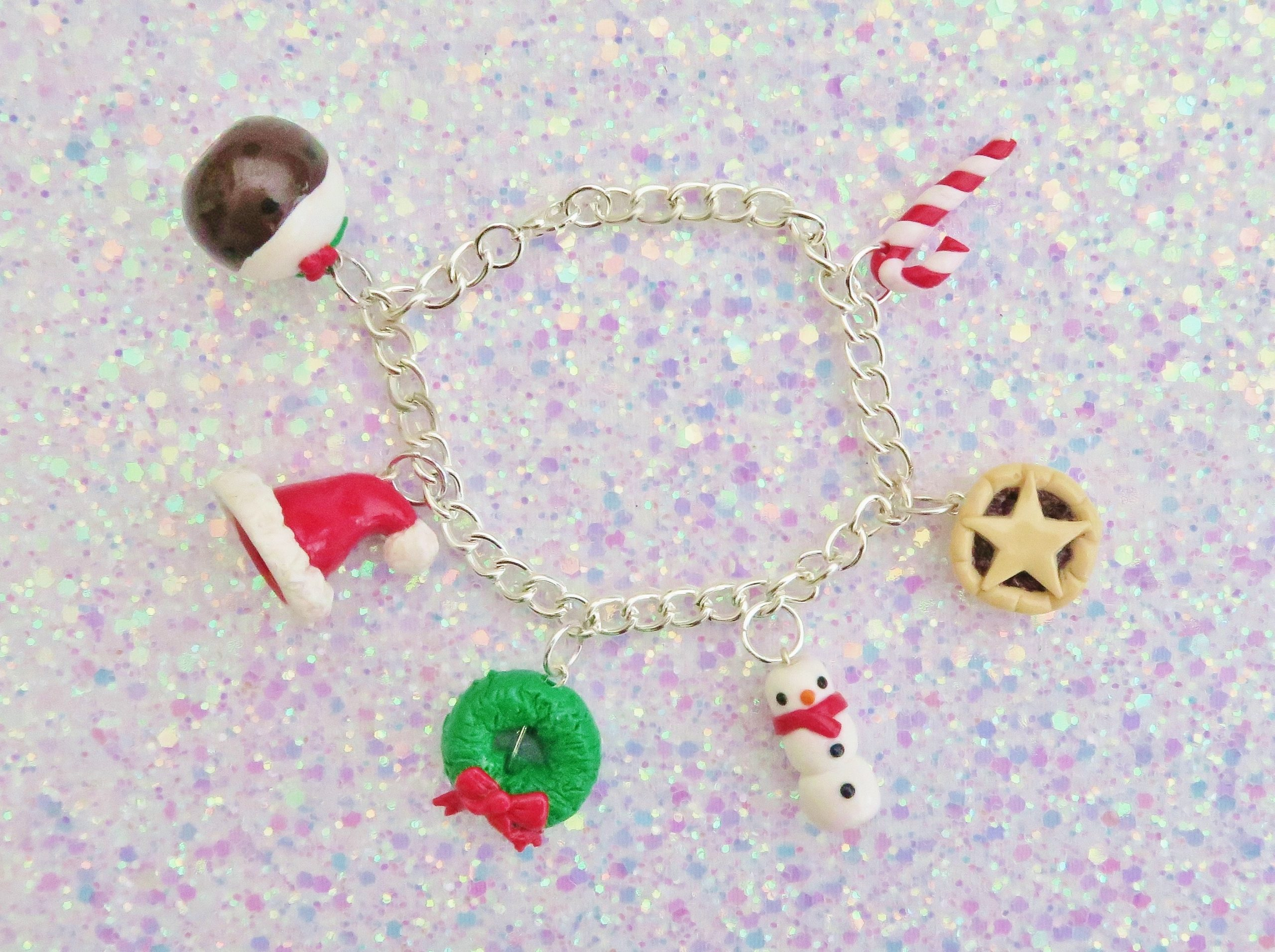 Handmade, Fimo, clay, polymerclay, jewellery, jewelry, novelty, Christmas, festive, cute, craft, gift, present, for her, Christmas pudding, Santa hat, holly wreath, mince pie, candy cane, sweet, scarf, snowman, statement, charm, bracelet,