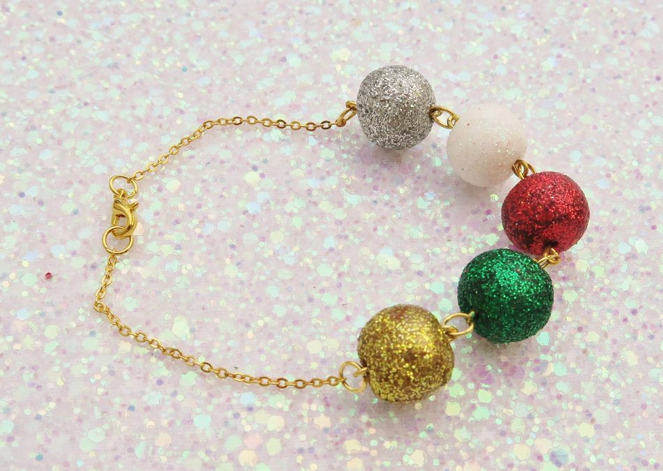 Handmade, Fimo, clay, polymerclay, jewellery, jewelry, novelty, Christmas, festive, cute, craft, gift, present, for her, silver, white, red, green, gold, glitter, glittery, ball balls, decoration, statement, bracelet,